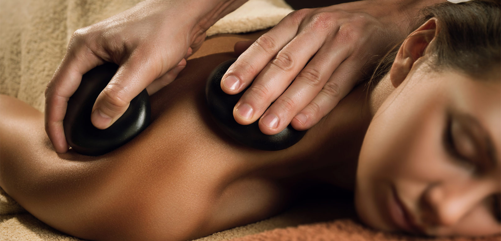 Hot Healing Stones Therapy